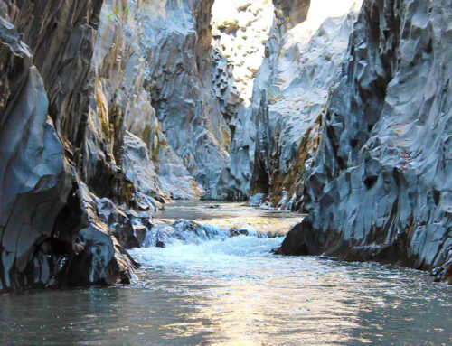 Uno spettacolo tra rocce e acqua
